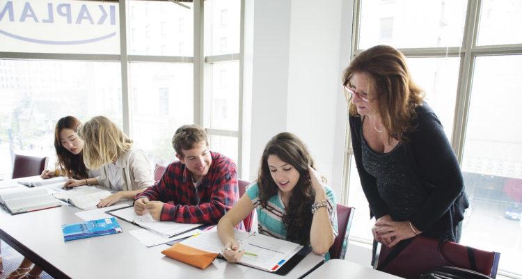 Vancouver school 4 e1580975358834 - カナダ留学費用を3ヶ月、半年間、1年間の期間ごとに徹底解説!